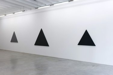 Alain Charlton, Triangle Paintings (2012)