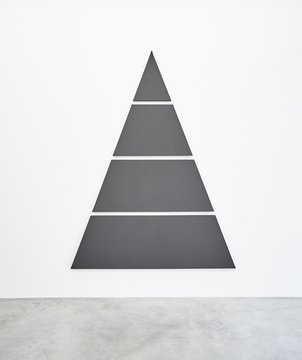 Divided Triangle (4 parts), 2015